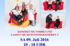 "Plakat zur Aktion ""Rotes Sofa"" des Fotoclub Wolfratshausen in Kooperation mit dem Atelier Roswitha Muth"