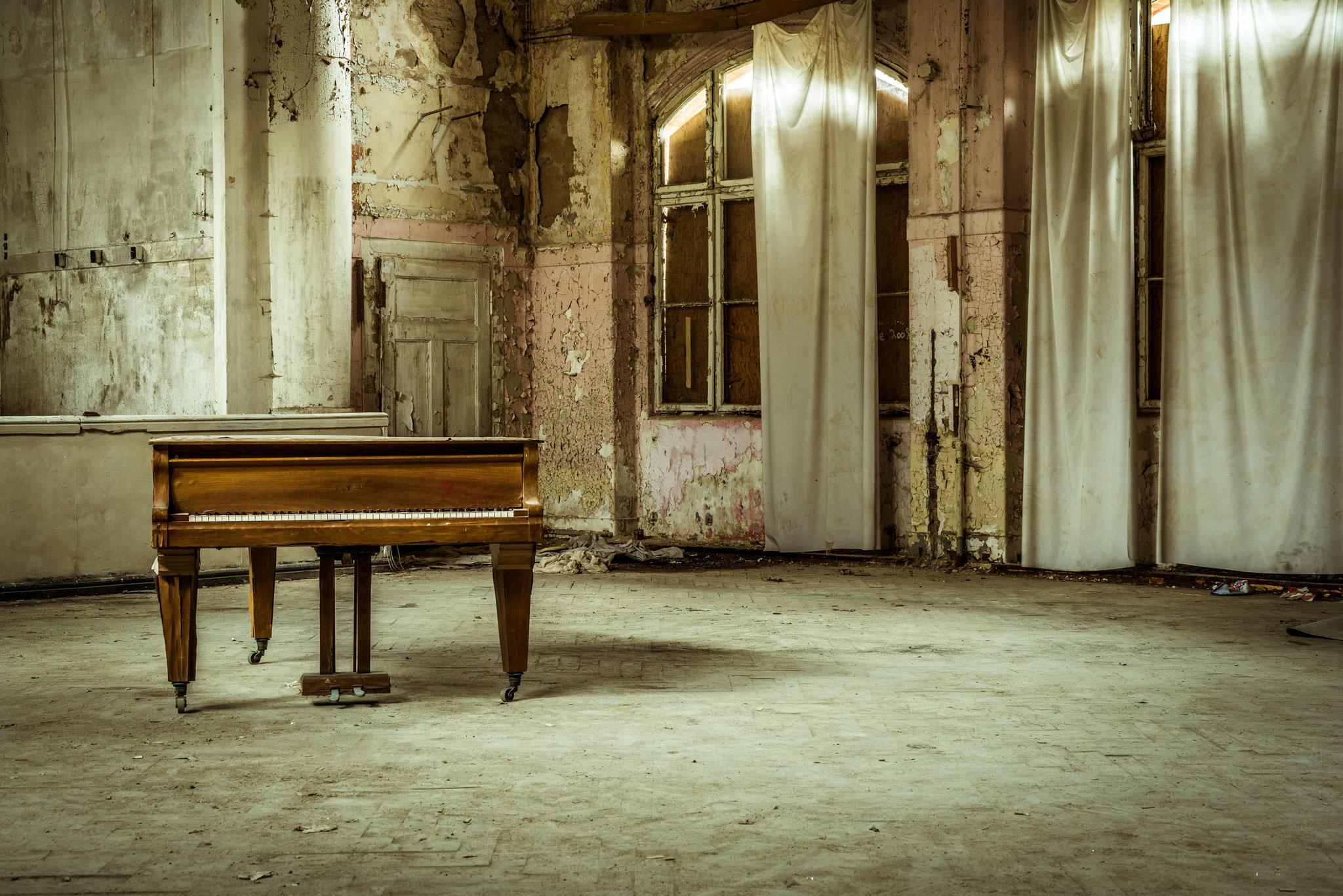 """Platz 5 Farbe: """"Ein Lied von alten Zeiten"""" (Sandra Ilmberger)"""