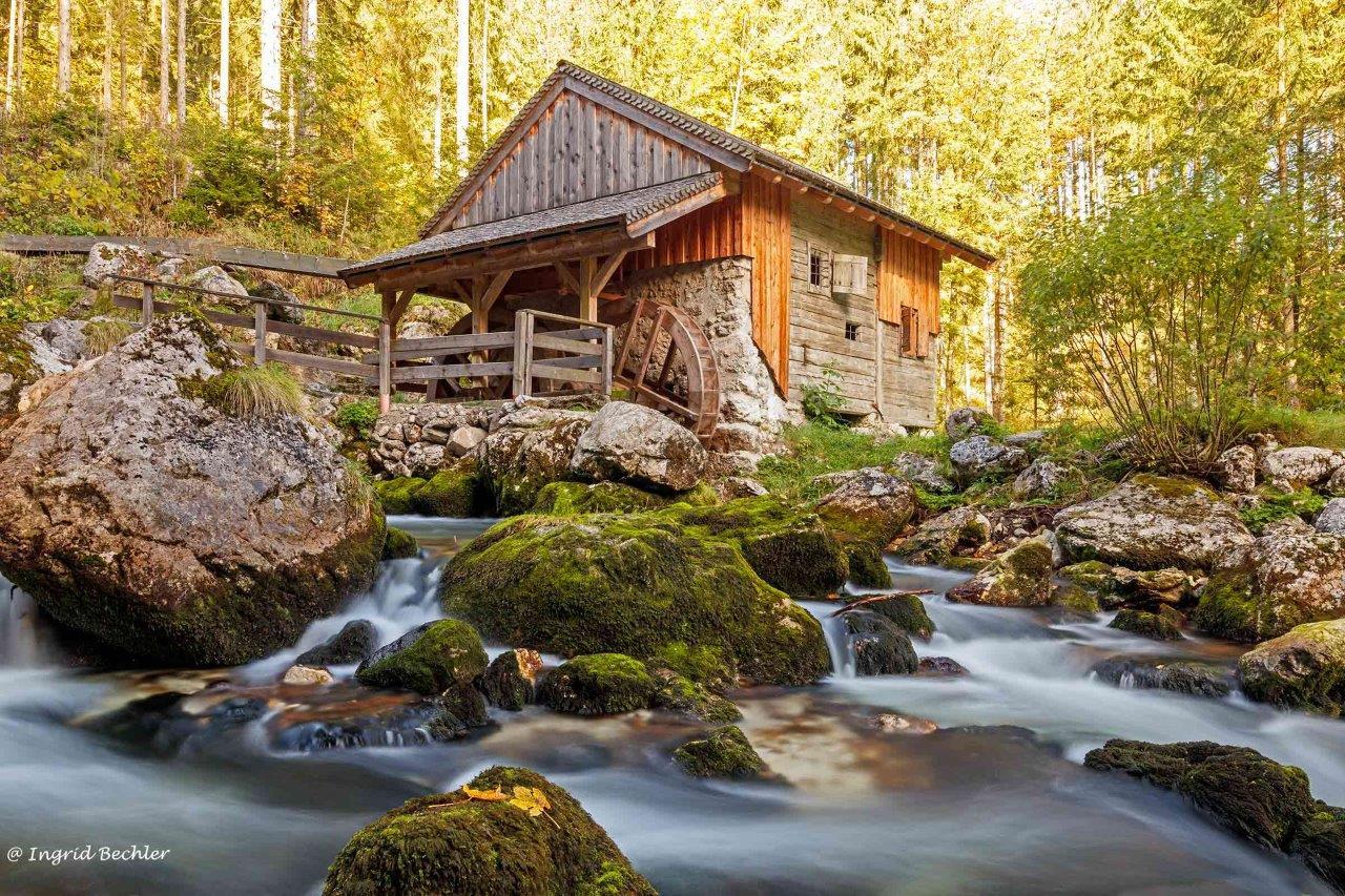 Mühle am Gollinger Wasserfall von Ingrid Bechler