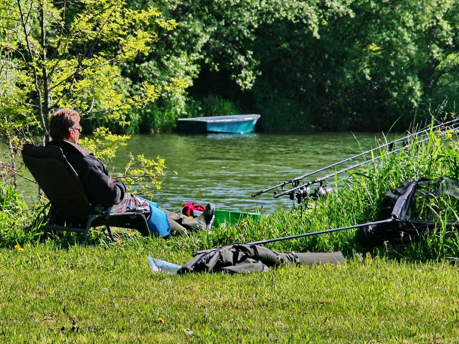 Chilliger Angler von Klaus-Peter Volkmann