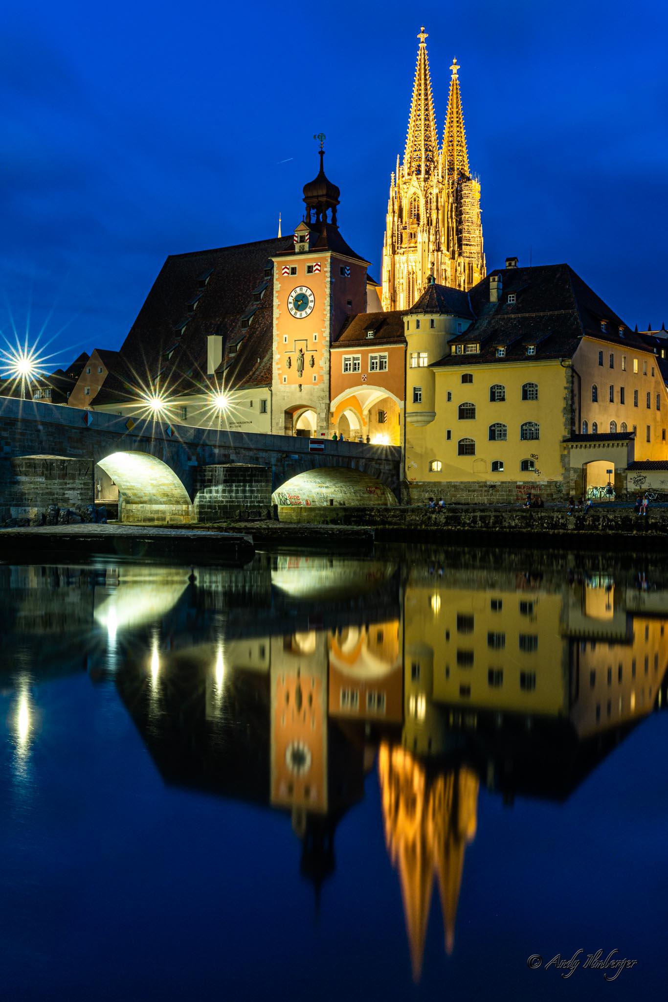 Regensburg bei Nacht (Foto: Andy Ilmberger)