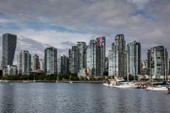 Skyline Vancouver vom False Creek aus  (Foto: Andreas Ochsenkühn)
