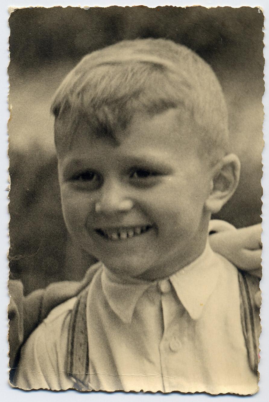 Kinderportrait aus den 40er Jahren