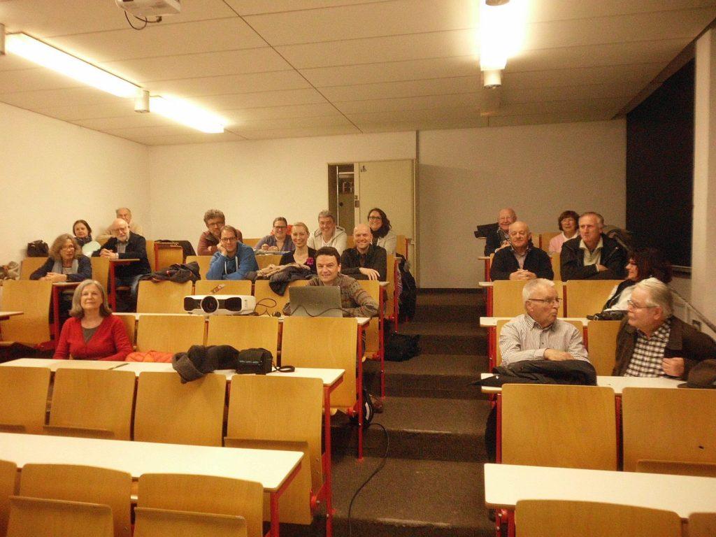 Fotoclub Wolfratshausen zu Besuch bei der Fotogilde Starnberg (Foto: Fotogilde)