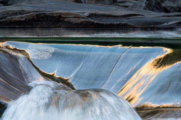 WB_Wasser abstrakt_30